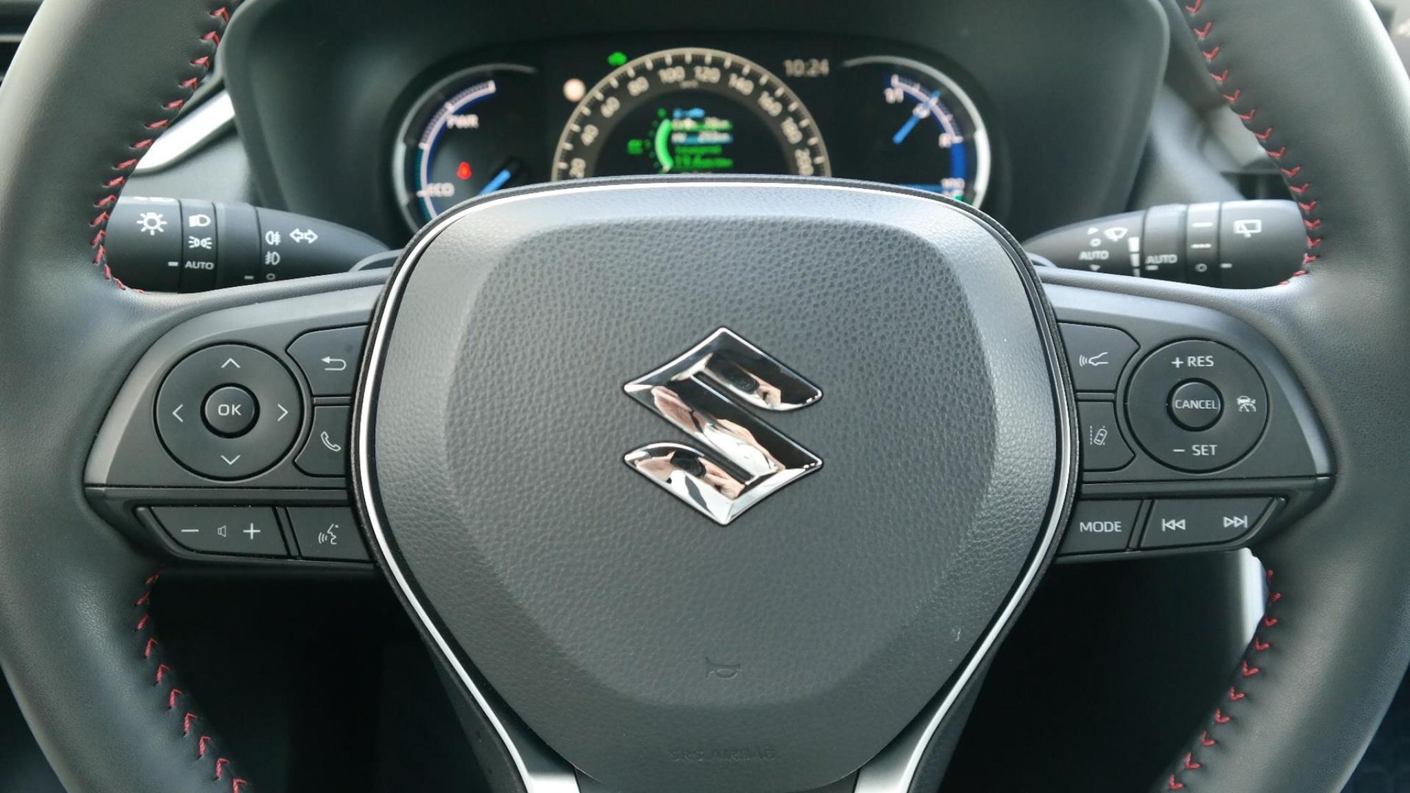 Suzuki-Across-25